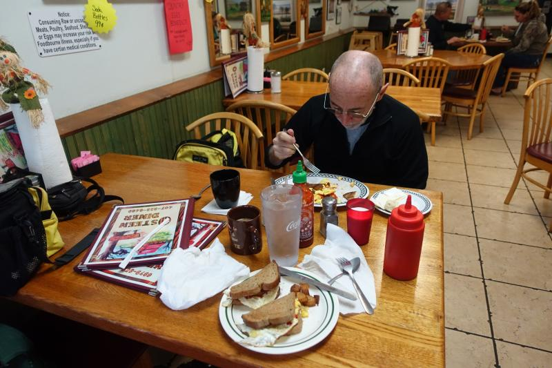 Breakfast at the Osteen Diner on the SJR2C
